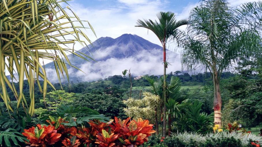 http://fotos.hellotrip.es/costa-rica/Costa_Rica_Guanacaste_vista_volcan.jpg