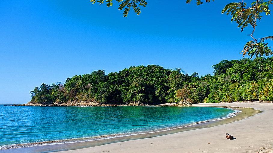 http://fotos.hellotrip.es/costa-rica/Costa_Rica_Puerto_Viejo_playa.jpg