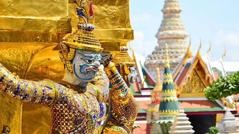 http://fotos.hellotrip.es/tailandia/Tailandia_Bangkok_Wat-Pra_Keaw_Palacio_Real.jpg