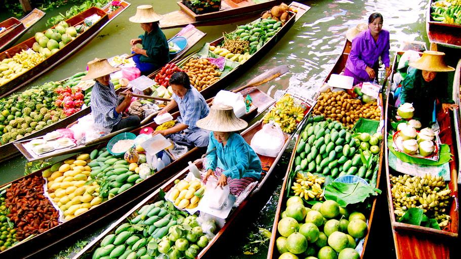 http://fotos.hellotrip.es/tailandia/Tailandia_Bangkok_mercado_flotante_Damnoen_Saduak.jpg