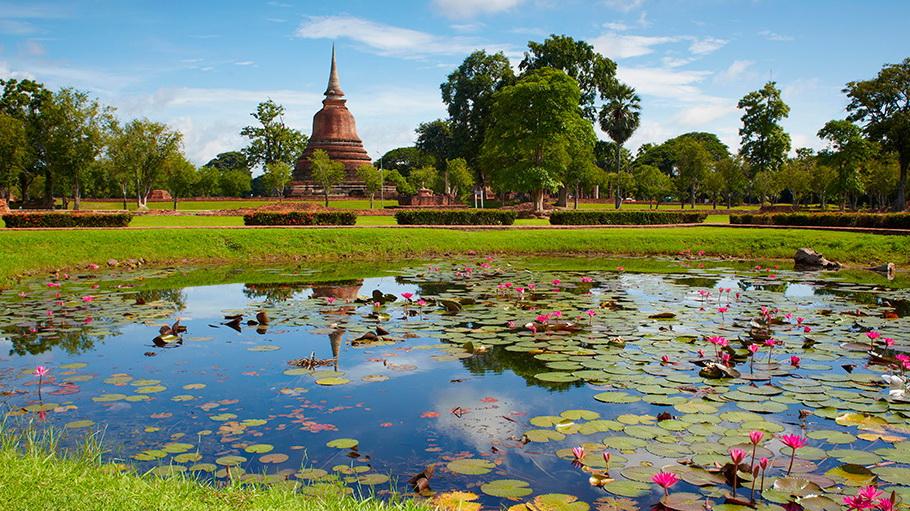 http://fotos.hellotrip.es/tailandia/Tailandia_Sukhotai.jpg