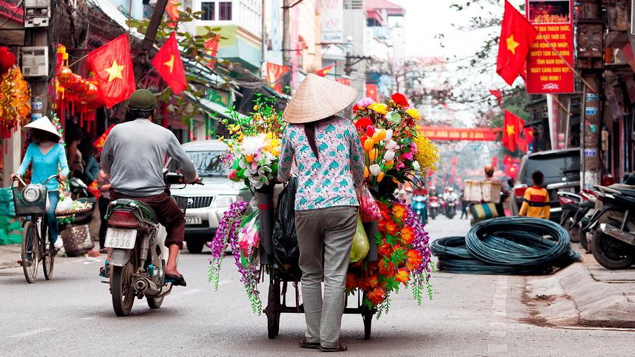 http://fotos.hellotrip.es/vietnam/Vietnam_Hanoi_barrio_antiguo.jpg