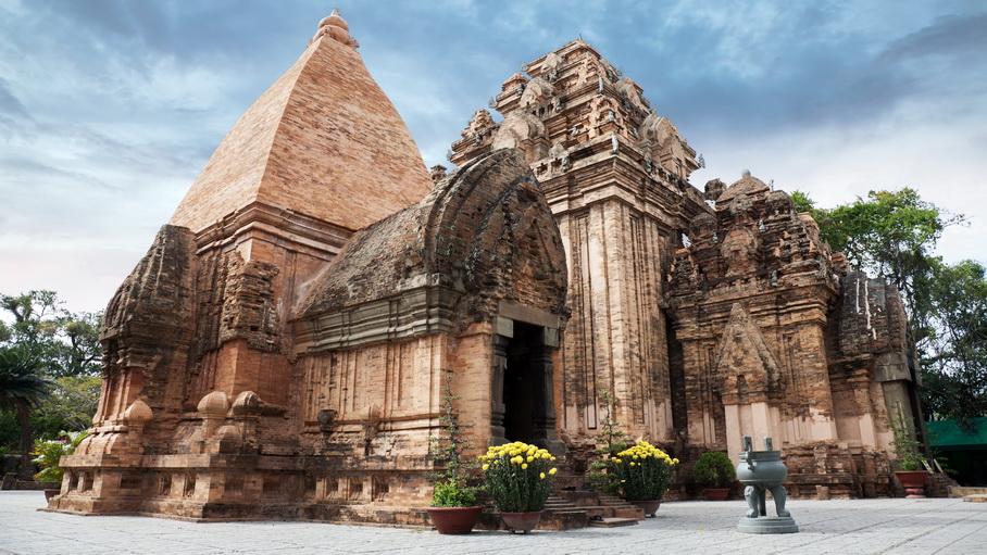 https://fotos.hellotrip.es/vietnam/Vietnam_Nha_Trang_Po_Ngar_Cham.jpg